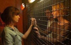 �La embajada�, cap�tulo 2: El soborno, la �nica v�a de Luis y Claudia para sacar a Ester de la c�rcel