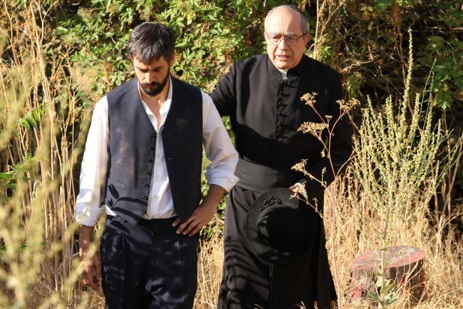 """Don Anselmo impide que Olmo vuelva a prisi�n y se hace cargo de �l en """"El secreto de Puente Viejo"""""""