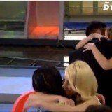 Santana y Yanira se abrazan mientras Bel�n es consolada por Connie en Mujeres y Hombres y Viceversa