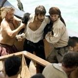 """Ataque de ind�genas y piratas en el segundo cap�tulo de """"El coraz�n del oc�ano"""""""