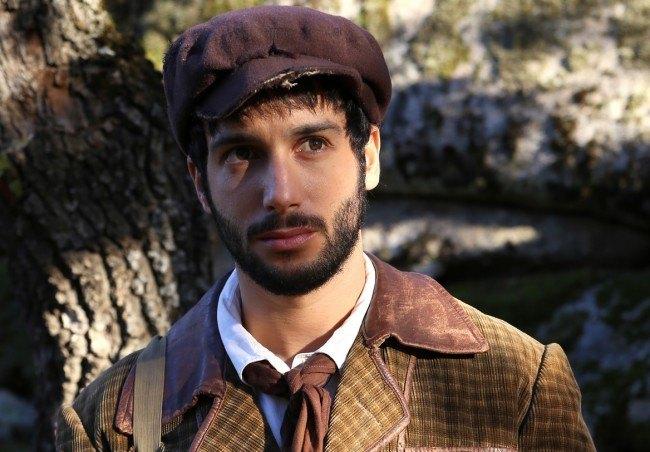 """Jon�s Beram� da vida a Sim�n Carmeta, la viva imagen de Juan Casta�eda en """"El secreto de Puente Viejo"""""""