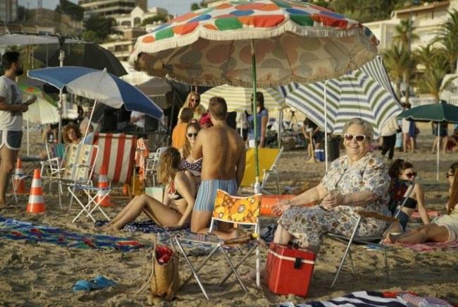"""""""Cuéntame cómo pasó"""" graba en Benidorm las vacaciones de los Alcántara del verano del 85"""