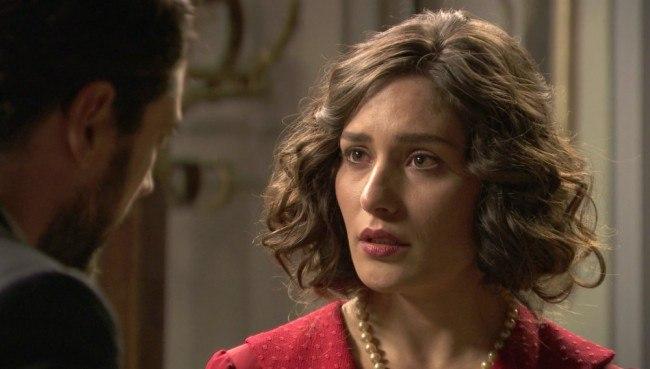 """Camila confiesa su embarazo, en """"El secreto de Puente Viejo"""""""
