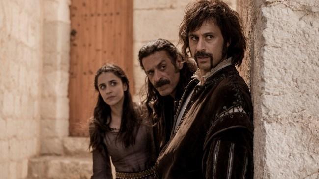 El nuevo trío de protagonistas: Lola Mendieta, Alonso de Entrerríos y Pacino