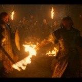 El Perro y Beric Dondarrion en combate ante la Hermandad sin Estandartes
